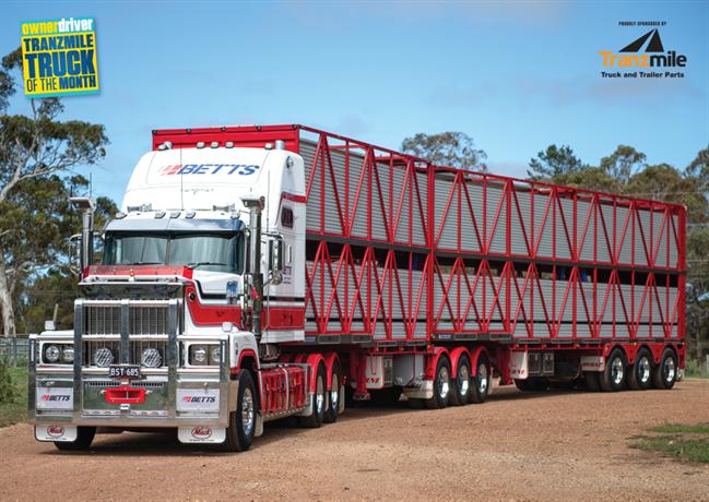 Betts Transports Mack Super-Liner